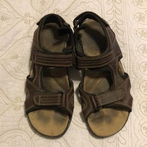Bass Dockers leather sandals